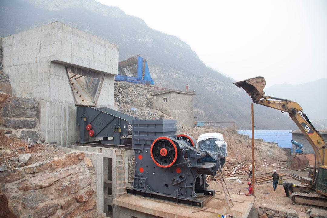 石家庄井陉时产800-1000吨碎石及塔楼式制砂生产线